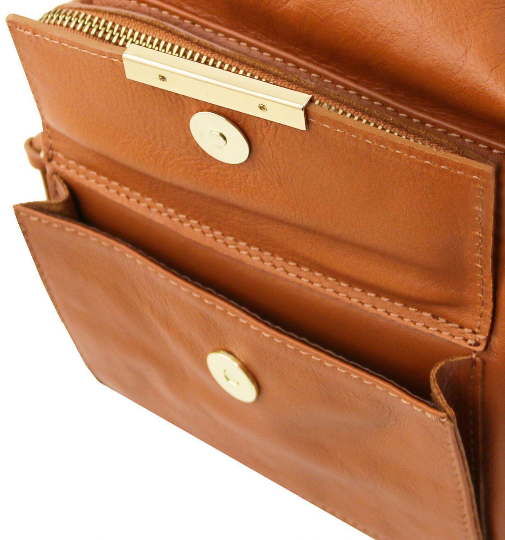 ... Γυναικεία Τσάντα Δερμάτινη Ώμου   Πλάτης TL141535 Σταχτί σκούρο Tuscany  Leather e165fea3dbe